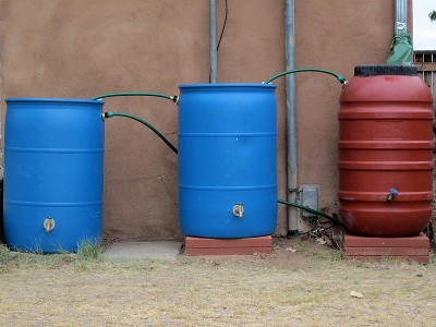 Rainbarrel Daisy chain